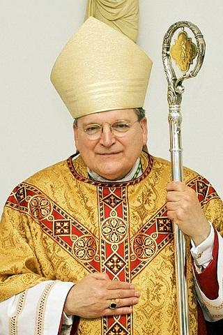 Kardynał (wtedy arcybiskup) Raymond Leo Burke, 2008 rok